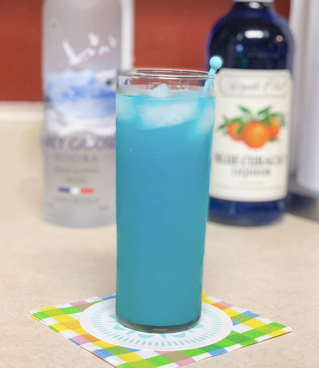 How To Make a Blue Lagoon